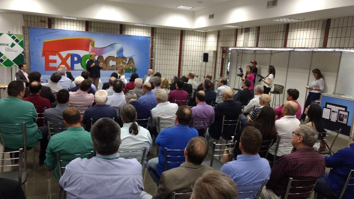 Acisa promove debate sobre desenvolvimento regional em Passo Fundo