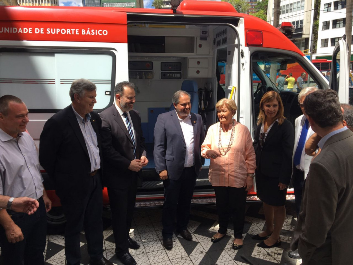 Porto Alegre recebe ambulância do Samu indicada por Ana Amélia