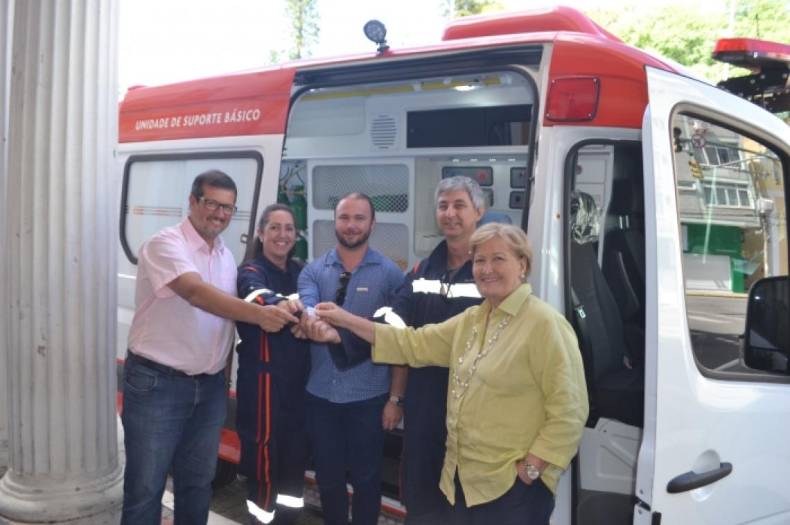 Prefeito de Rio Grande pede apoio da senadora em projetos de infraestrutura