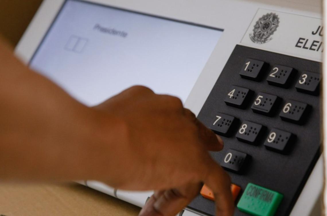 CCJ analisa projeto que torna obrigatória a impressão dos votos na urna eletrônica