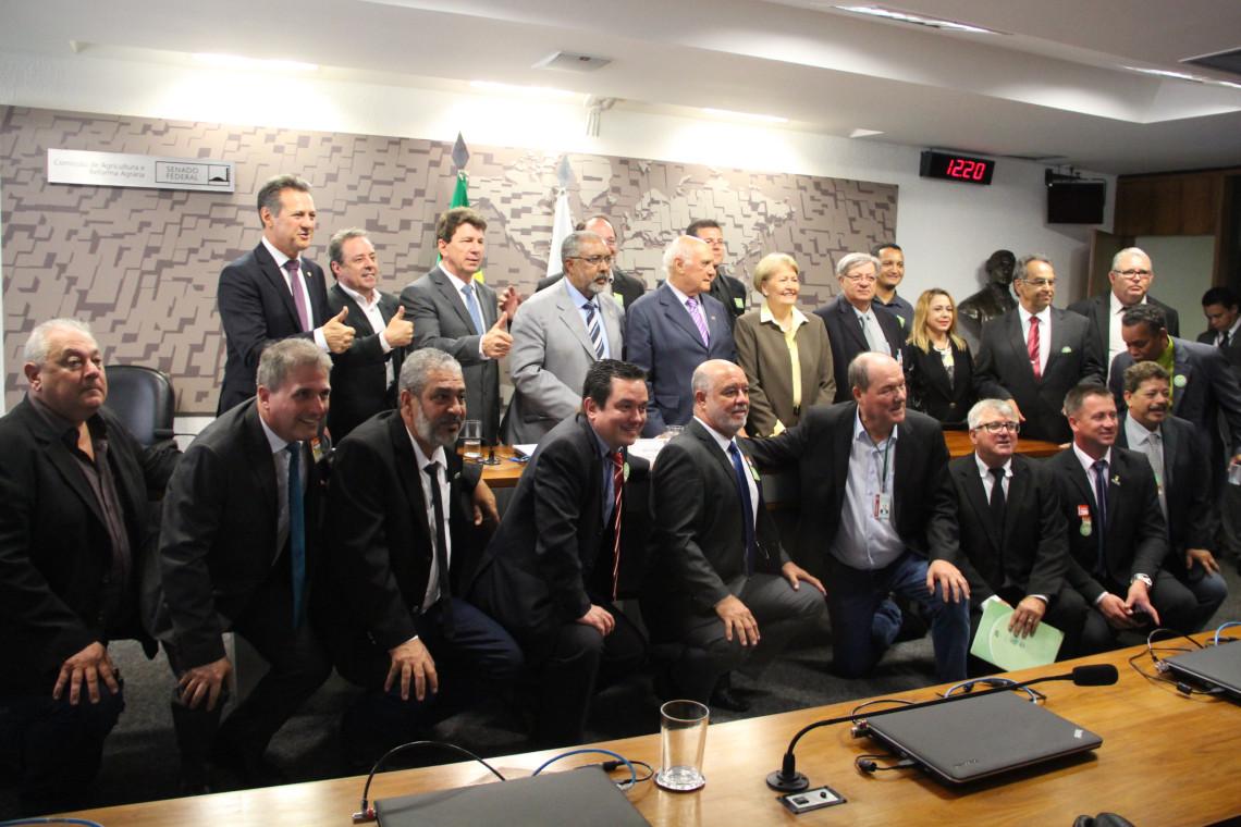 Criação de Conselho Federal dos Técnicos Industriais e Agrícolas é aprovada na CRA