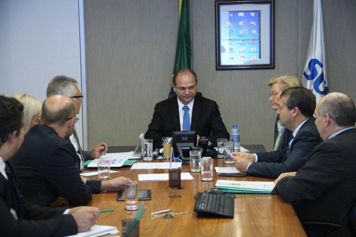 Ministro garante atenção à demandas da saúde em Canoas