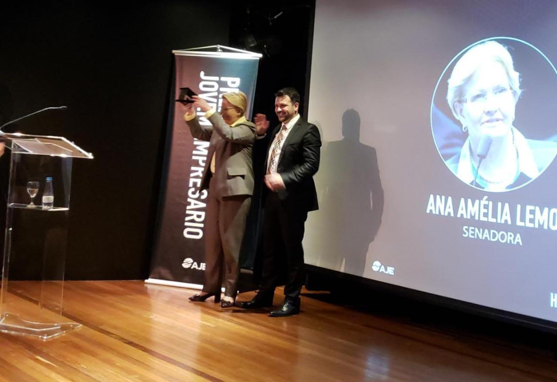 AJE PoA entrega prêmio Jovens Empresários 2018