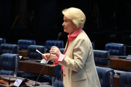 Senado Federal (10.08.2015)