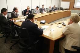 Audiência no BNDES encaminha medidas para amenizar crise nas Santas Casas e hospitais filantrópicos