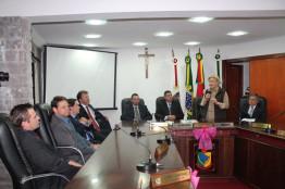 Ana Amélia acompanha homenagem em sessão solene na Câmara de Vereadores de Antônio Prado