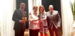 Ana Amélia recebe o troféu Mulher Nota 10 em evento organizado pelo PRB