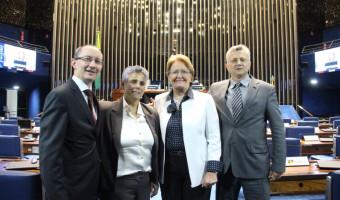 Ana Amélia defende caráter filantrópico de instituições comunitárias de ensino