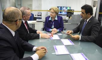 Presidente da Asgav convida senadora para conferência que destacará produção de ovos