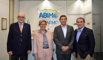 Cenário econômico e político é abordado em conversa com lideranças e empreendedores da saúde na Abimo, em São Paulo