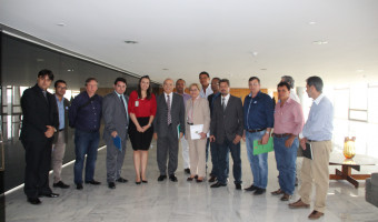 Em reunião com ministro Eliseu Padilha, caminhoneiros pedem cumprimento da tabela de frete
