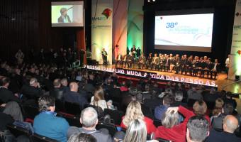 Nova diretoria da Famurs é empossada em Porto Alegre