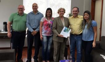 Ana Amélia visita o prefeito de Passo Fundo