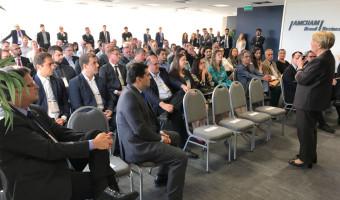Política e economia são temas de conversa com lideranças e empresários gaúchos