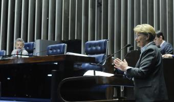 """""""Vergonha precisam ter os corruptos"""", diz Ana Amélia a senador petista"""