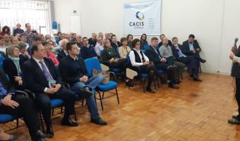 Ana Amélia renova apoio ao municipalismo e produtores de suínos e leite