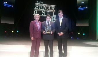 Troféu Senar/O Sul homenageia destaques do setor agropecuário