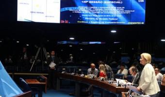 Trabalho acolhedor e de inclusão das Apaes é destacado pela senadora em sessão especial