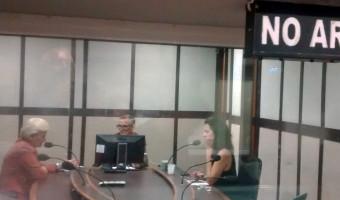 Em entrevista na Guaíba, senadora reforça ser contra o aumento de impostos para enfrentar a crise financeira