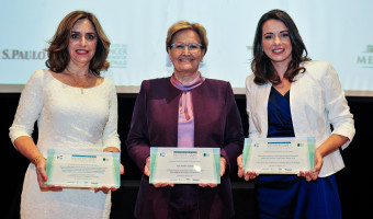 Ana Amélia recebe prêmio do Instituto do Câncer de SP por atuação na área da oncologia
