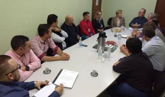 Em Nova Hartz, Ana Amélia recebe demandas do setor calçadista