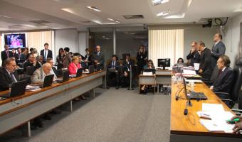 CCJ aprova projeto que suspende a execução de dispositivos da lei que regulamenta a cobrança do Funrural