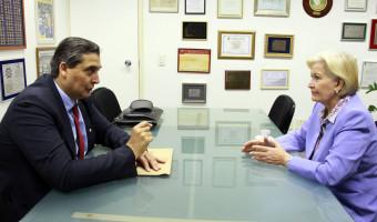 Secretário da Fazenda busca apoio dos senadores a iniciativas para quitar dívidas do Estado