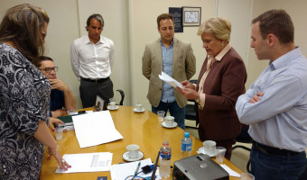 Em visita ao Hospital Virvi Ramos, em Caxias do Sul, senadora Ana Amélia anuncia emenda para instituição