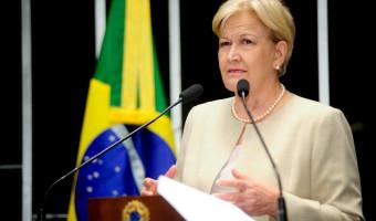 Casos de zika vírus refletem a falta de profissionalismo do governo em estabelecer prioridades, destaca senadora
