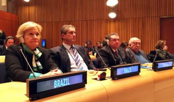 Parlamentares de mais de cem países discutem o problema das drogas em audiência da UIP