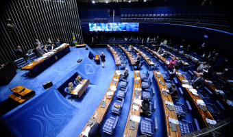 Senado aprova 'critério de simplicidade' em ações criminais