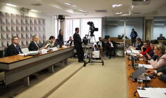 Comissão define na terça plano de trabalho para segunda fase do processo de impeachment