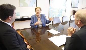 Ana Amélia reforça pedido de investimentos no polo naval de Rio Grande ao ministro de Minas e Energia