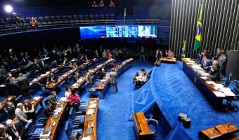 Senado aprova projetos para barrar os supersalários