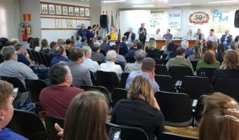 Demandas do municipalismo e balanço do mandato marcaram agenda em Palmeira das Missões