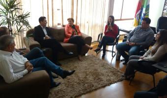 Gestão transparente e comprometida com o dinheiro público em Esteio é elogiada pela senadora