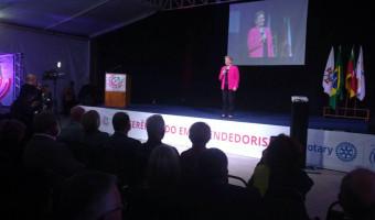"""""""Empreendedorismo está na genética dos gaúchos"""", diz Ana Amélia"""