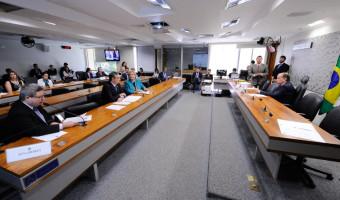 Plenário aprova indicação de embaixadores para Colômbia e Itália