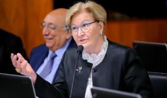 Comissão aprova acordo com Itália de reconhecimento de carteira de habilitação
