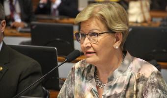 Comissão aprova projeto que amplia faixa etária para mamografias pelo SUS