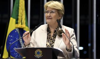 Transferir julgamento de crimes de caixa 2 para justiça eleitoral é retrocesso, alerta senadora
