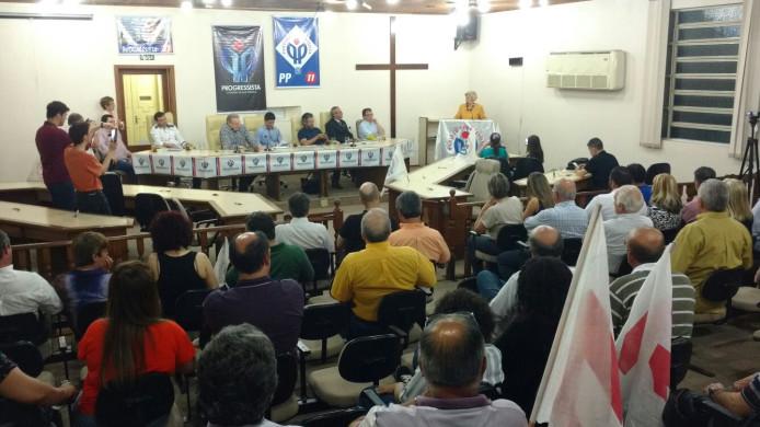 Encontro progressista em Santana do Livramento lota Câmara de Vereadores